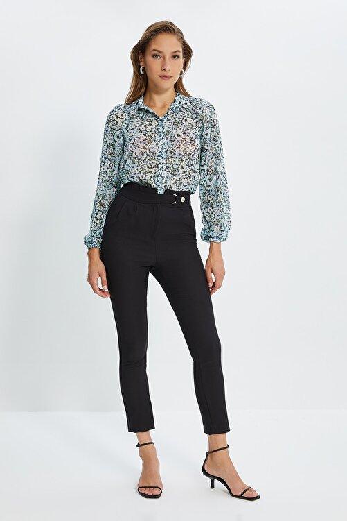 TRENDYOLMİLLA Siyah Beli Çıtçıtlı Pileli Havuç Pantolon TWOSS20PL0131 2