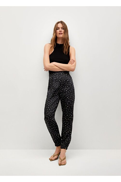 MANGO Woman Kadın Siyah Pili Detaylı Saten Pantolon 2