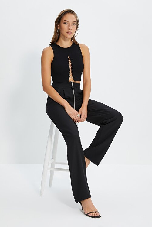 TRENDYOLMİLLA Siyah Dökümlü Pileli Geniş Paça Pantolon TWOSS19WX0017 2