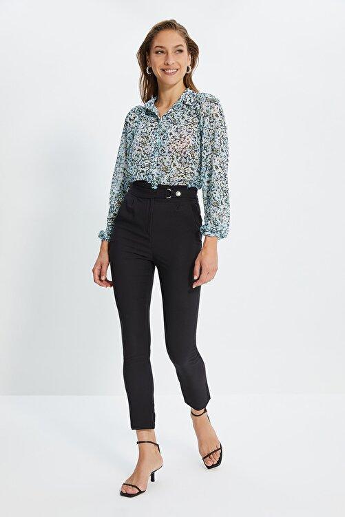 TRENDYOLMİLLA Siyah Beli Çıtçıtlı Pileli Havuç Pantolon TWOSS20PL0131 1