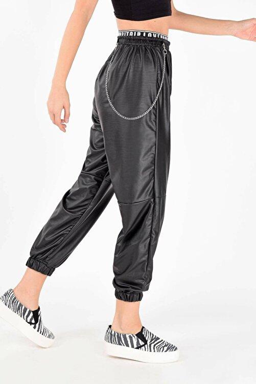 GienaCo Kadın Siyah Zincirli Deri Görünümlü Jogger Pantolon 2