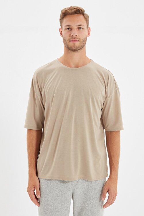 TRENDYOL MAN Taş Basic Erkek Bisiklet Yaka Oversize Kısa Kollu T-Shirt TMNSS21TS0811 1