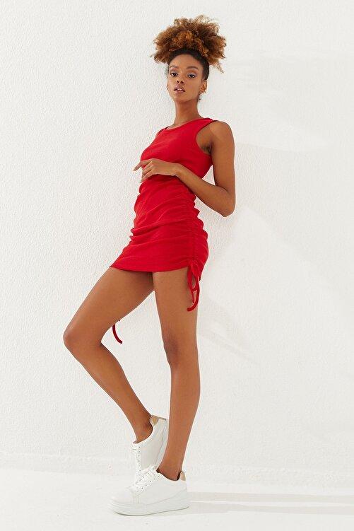 Reyon Kadın Yanları Büzgülü Sıfır Kol Elbise Kırmızı 2