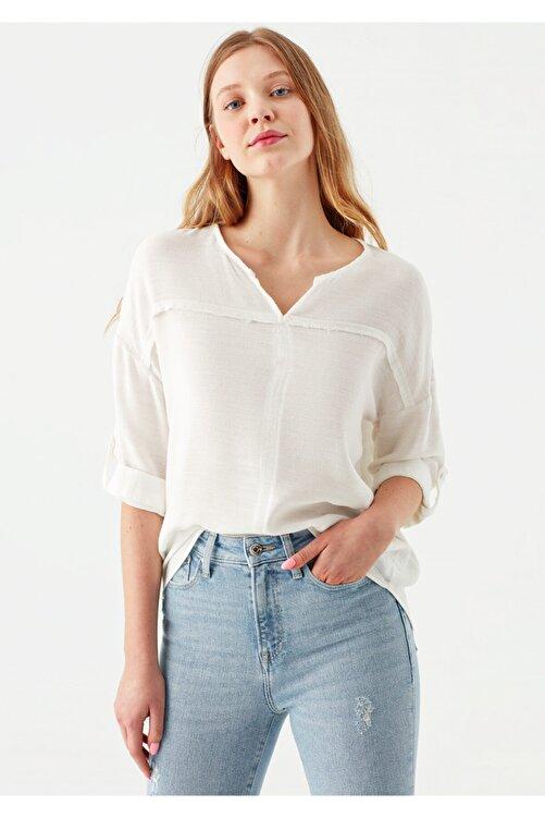 Mavi V Yaka Beyaz Bluz 121357-22937 2