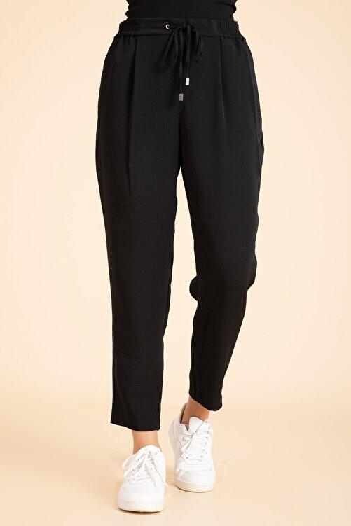 M2K Kadın Siyah Beli Lastikli Havuç Kesim Pantalon 1