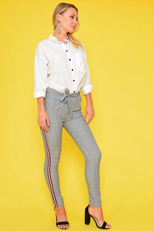 Mossta Kadın Bej Şeritli Ekose Pantolon 1