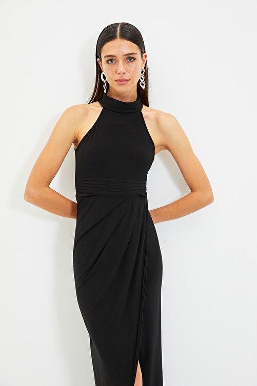 TRENDYOLMİLLA Siyah Yaka Detaylı Abiye & Mezuniyet Elbisesi TPRSS21AE0039 1