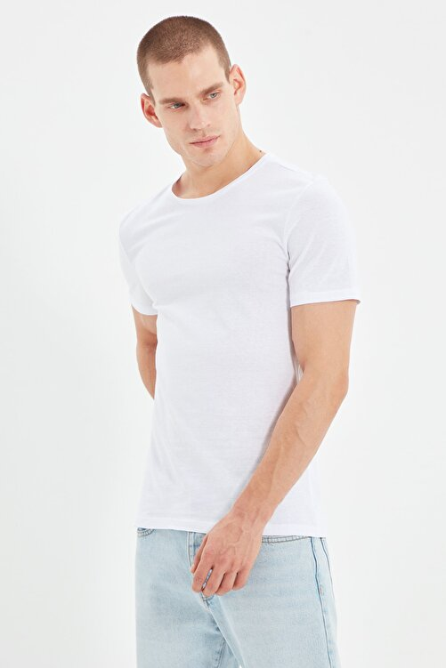TRENDYOL MAN Beyaz Erkek Basic Pamuklu Kısa Kollu Bisiklet Yaka  Slim Fit T-Shirt - TMNSS19BO0001 2
