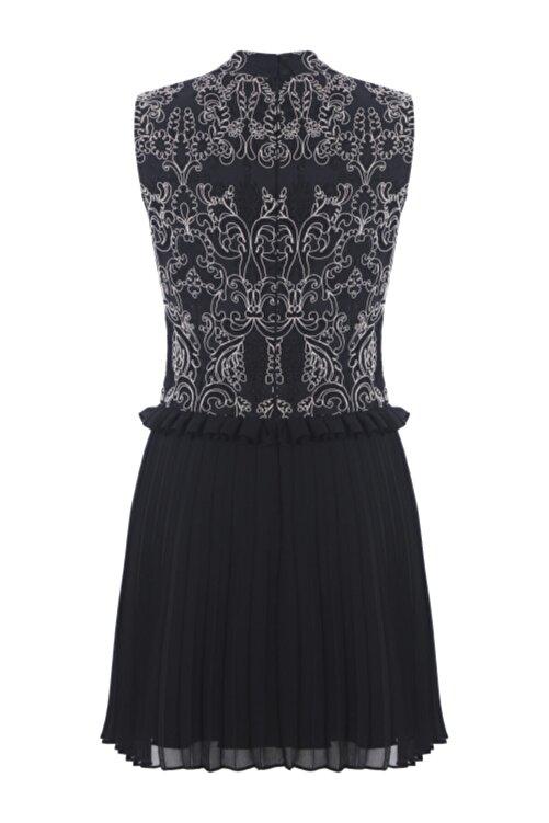 Meltem Özbek Kadın Siyah Dantelli Pilise Detaylı Elbise 2