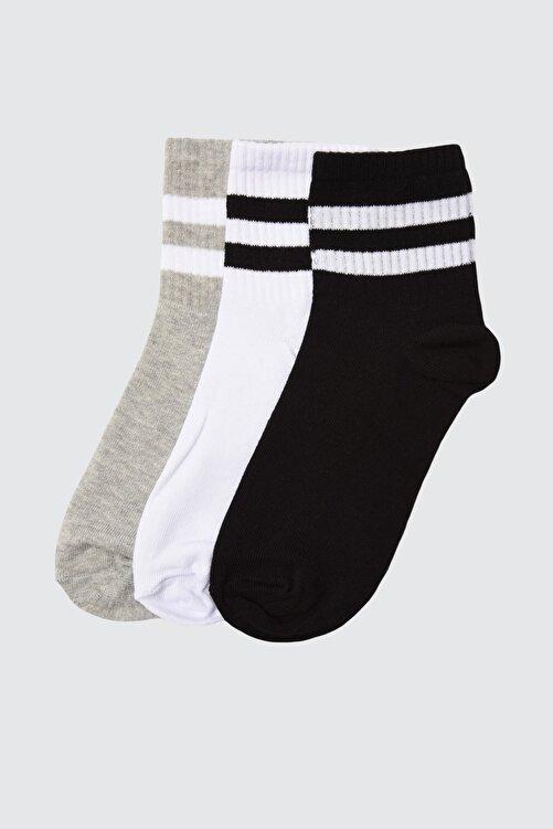 TRENDYOLMİLLA Beyaz Şerit Detaylı 3'lü Paket Örme Çorap TWOAW20CO0054 1