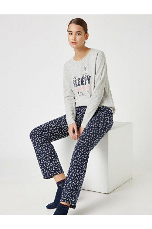 Koton Kadın Lacivert Pamuklu Snoopy Lisansli Pijama Takımı 1