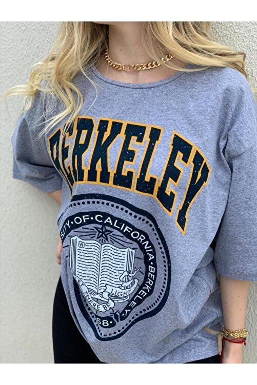 twentyone Kadın Oversize Berkeley Baskılı T-shirt 2