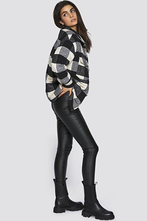 Madmext Kadın  Siyah Over Size Oduncu Gömlek 2
