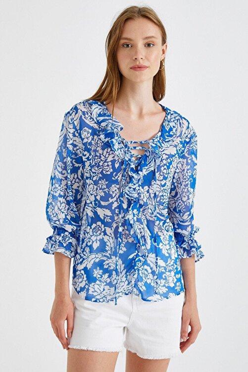 Koton Kadın Desenli Bluz Firfirli 2