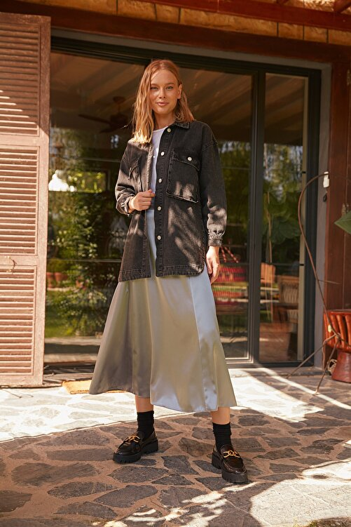 Trendyol Modest Siyah Cep Detaylı Denim Ceket TCTSS21CE0401 1