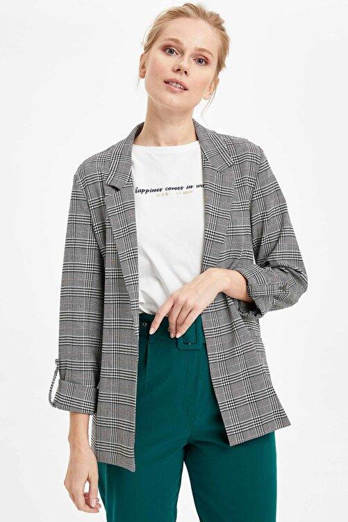 DeFacto Kadın Beyaz Katlamalı Kol Blazer Ceket N5050AZ.20SP.WT34 1