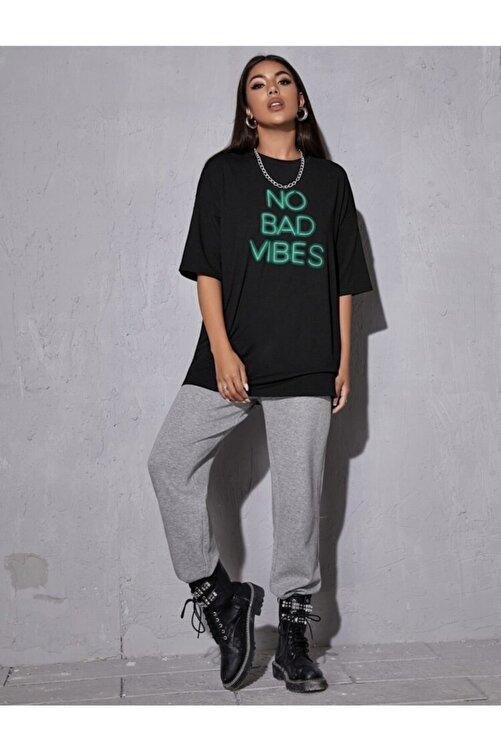 Leprikon Kadın Siyah Neon Baskılı Tshirt 2