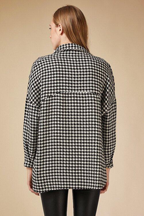 Happiness İst. Kadın Beyaz Siyah Kazayağı Desen Oversize Yünlü Kaşe Gömlek Ceket BH00300 2
