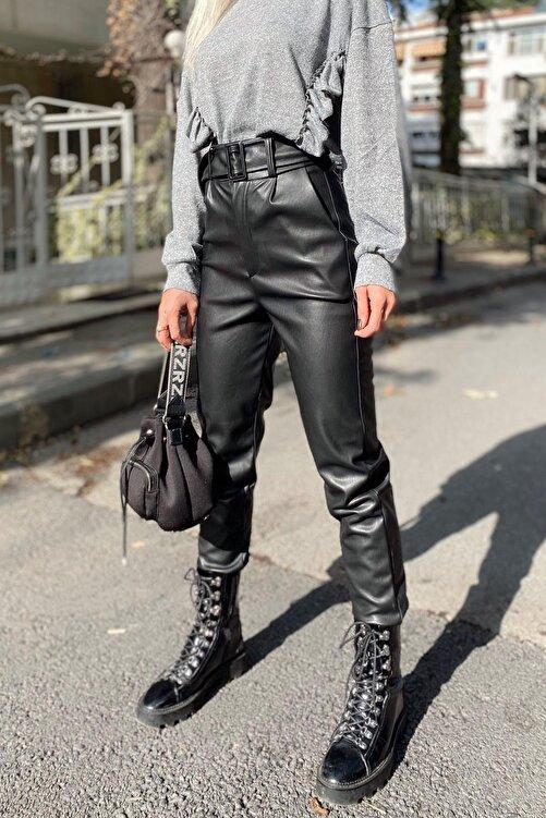 SwistLuxury Kadın Siyah Yüksek Bel Kemerli Suni Deri Pantolon 1