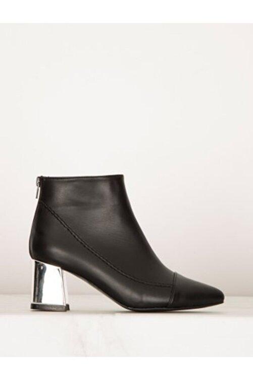 Say Kadın Siyah Cilt Gümüş Topuklu Bot 1