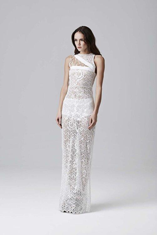 Meltem Özbek Beyaz Payetli Yaka Detaylı Elbise 1