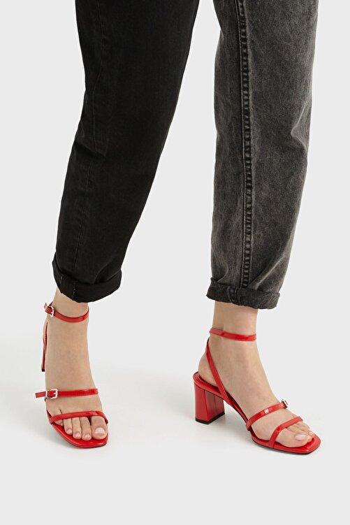 Bershka Orta Boy Topuklu Suni Rugan Bantlı Sandalet 2