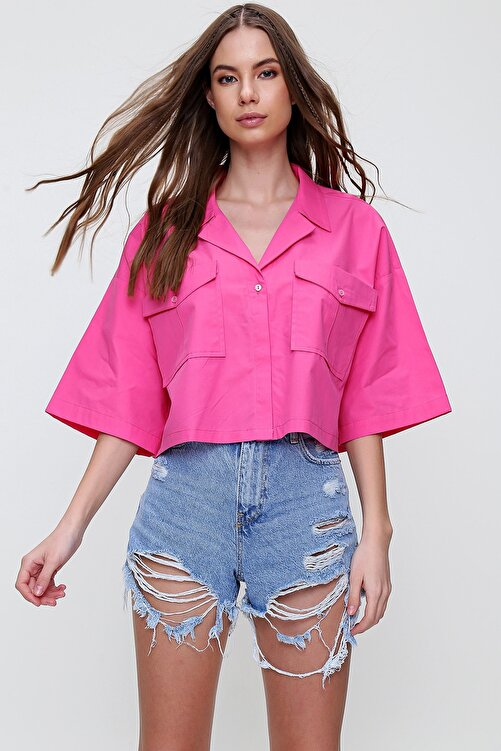 Trend Alaçatı Stili Kadın Fuşya Zarf Cepli Crop Poplin Gömlek ALC-X6045 1
