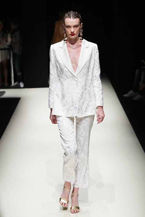 Meltem Özbek Kadın Beyaz Classic Ceket 1