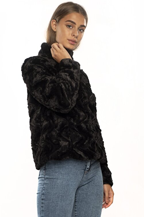 Vero Moda Kadın Siyah Dik Yaka Kısa Kürk 10194645 2