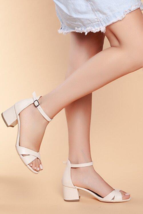 Daxtors D204 Kadın Günlük Klasik Topuklu Ayakkabı 2