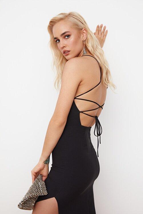 TRENDYOLMİLLA Siyah Sırt Detaylı Elbise TPRSS21EL0176 1