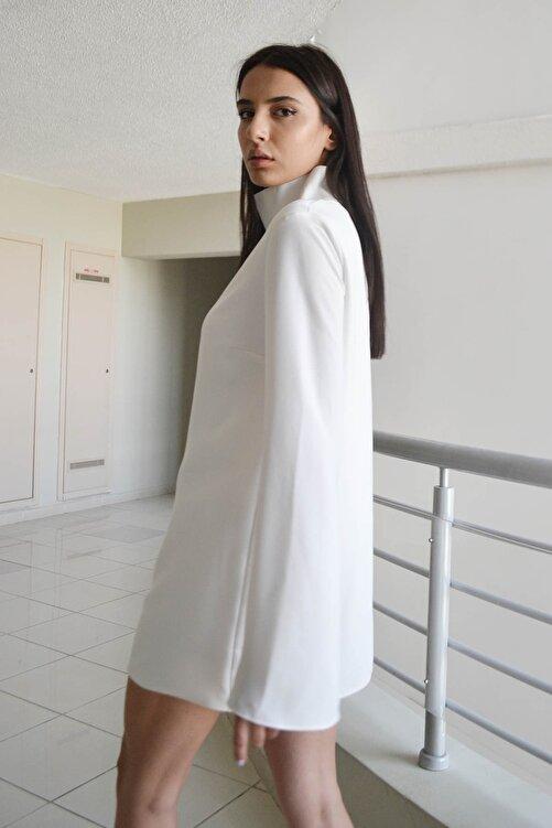 Eclectic Beyaz Dikyakalı Elbise 2