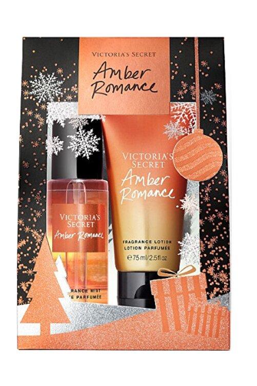 Victoria's Secret Amber Romance 75ml Vücut Spreyi+75ml Vücut Losyonu Hediye Seti 1