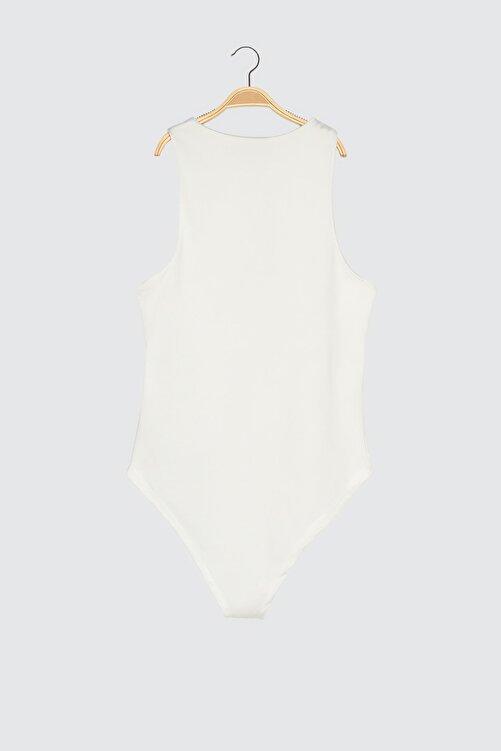TRENDYOLMİLLA Beyaz Çıtçıtlı Örme Body TWOSS20BD0044 2