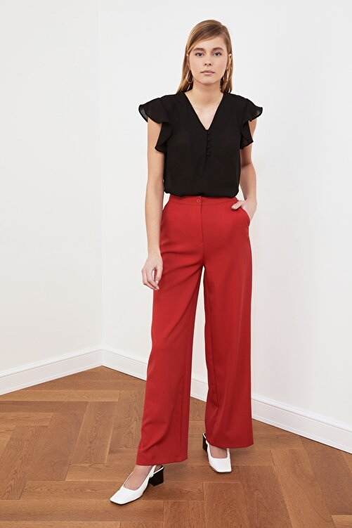 TRENDYOLMİLLA Siyah Düğme Detaylı Bluz TWOSS20BZ0894 2
