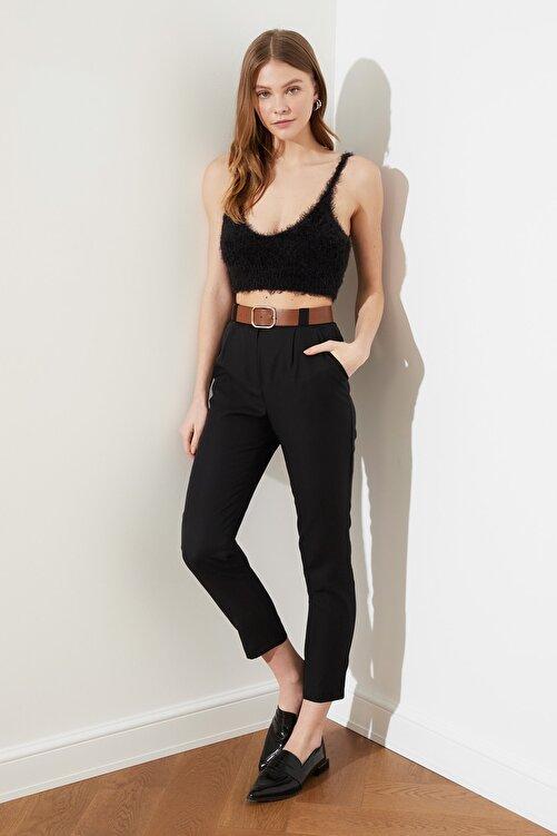 TRENDYOLMİLLA Siyah Deri Kemerli Pili Detaylı Yüksek Bel Pantolon TWOSS21PL0338 2