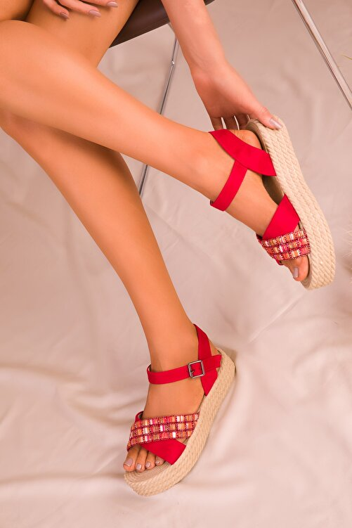 SOHO Kırmızı Süet Kadın Sandalet 14953 1