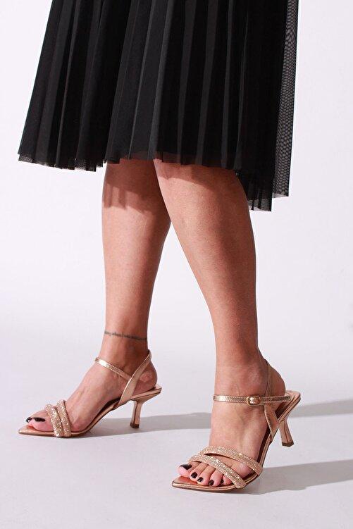 ROVIGO Kadın Rose Rugan Topuklu Ayakkabı 1