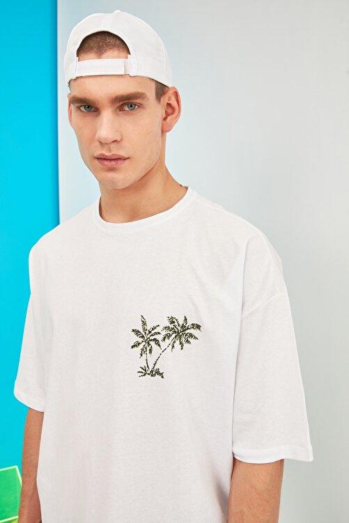 TRENDYOL MAN Beyaz Erkek Kısa Kollu Baskılı Oversize T-Shirt TMNSS21TS0619 2