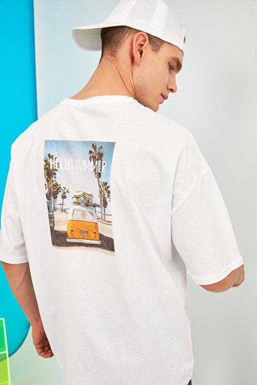 TRENDYOL MAN Beyaz Erkek Kısa Kollu Baskılı Oversize T-Shirt TMNSS21TS0619 1