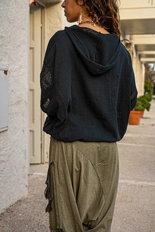 Güneşkızı Kadın Siyah Yıkamalı Keten Fileli Bağlamalı Kapüşonlu Bluz GK-RSD2021 2