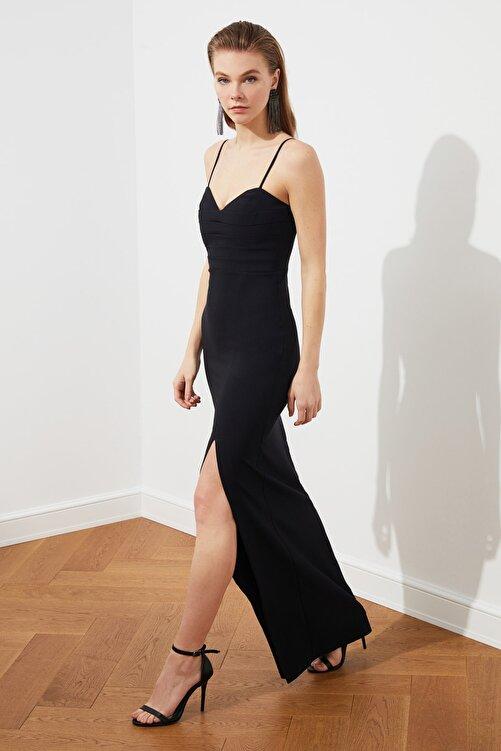 TRENDYOLMİLLA Siyah Yaka Detaylı Abiye & Mezuniyet Elbisesi TPRSS20AE0295 1