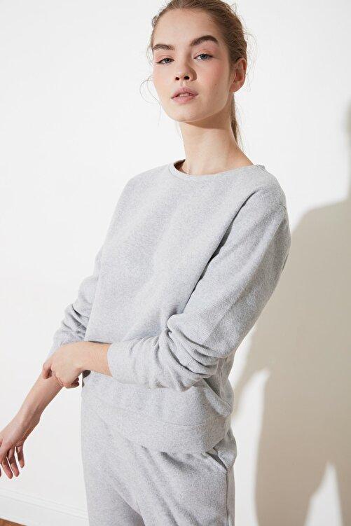 TRENDYOLMİLLA Gri Selanik Basic Örme Sweatshirt TWOAW21SW0703 1