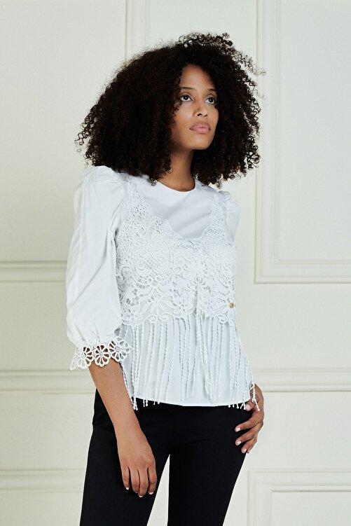 JEANNE DARC Kadın Beyaz Önü Güpür Detaylı Truvakar Kol Pamuk Bluz Jb20101 1