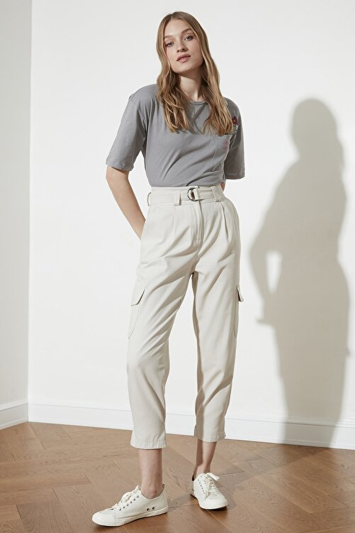 TRENDYOLMİLLA Taş Paça Detaylı Pantolon TWOSS21PL0138 1