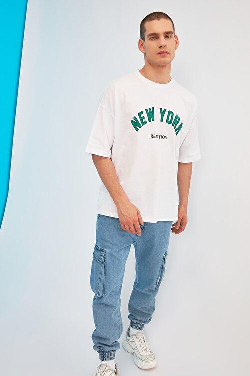 TRENDYOL MAN Beyaz Erkek Oversize Fit Bisiklet Yaka Kısa Kollu Baskılı T-Shirt TMNSS21TS1629 2
