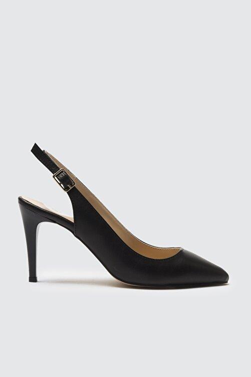 TRENDYOL SHOES Siyah Kadın Klasik Topuklu Ayakkabı TAKSS21TO0075 2