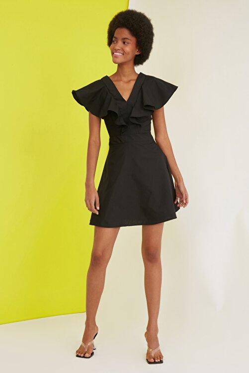 TRENDYOLMİLLA Siyah Volanlı Elbise TWOSS21EL0616 1