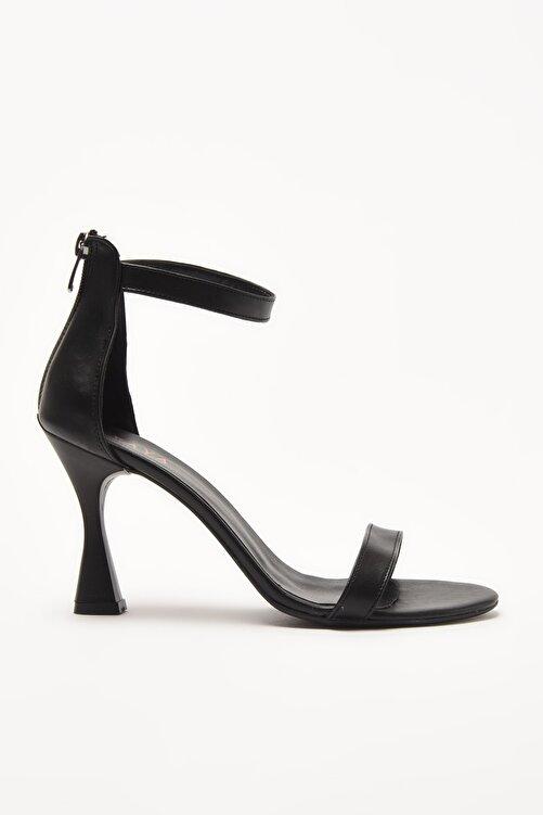Yaya by Hotiç Siyah Kadın Sandalet 01SAY209030A100 1