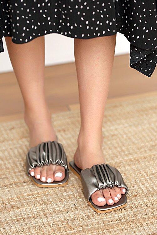 Pembe Potin Kadın Platin Sandalet 2